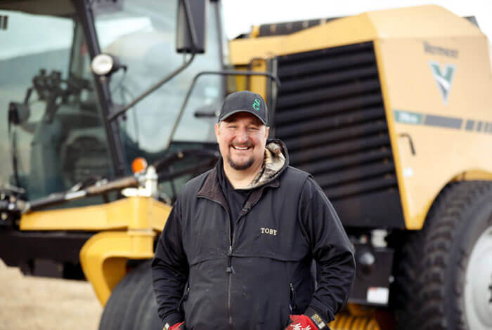How Toby Roscoe increased his productivity with the ZR5-1200 self-propelled baler