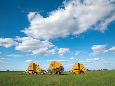 604 R-series Balers Offer Versatility for Various Types of Hay Producers
